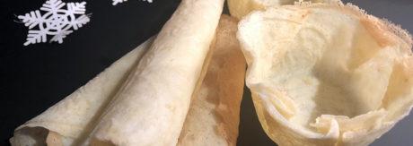 tynne krumkaker klare til servering
